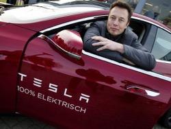 Кроссовер Tesla Model X получил высшую оценку по безопасности