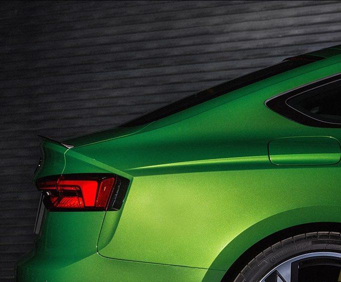 Новый  Audi RS 5 Sportback 2019 года на международном автосалоне в Нью-Йорке