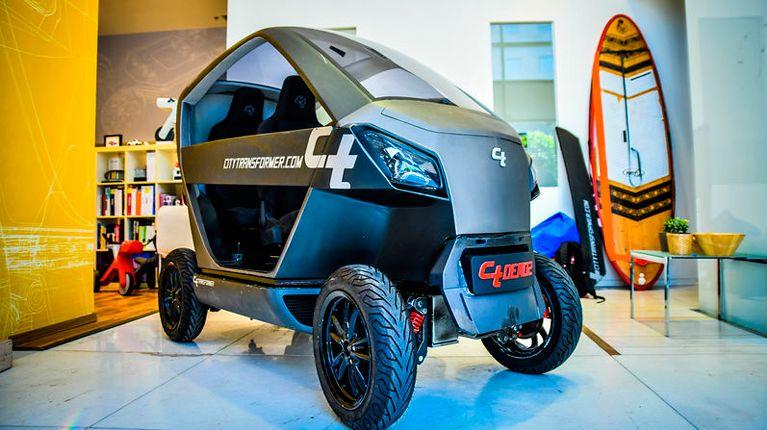 В Израиле разработан двухместный электромобиль-трансформер