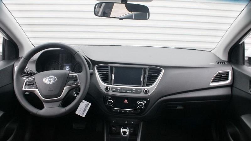 Hyundai представит публике обновленный Solaris