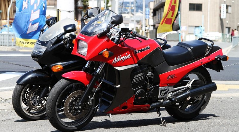 Приобрести новый мотоцикл Kawasaki в Москве просто у MOTORRIKA