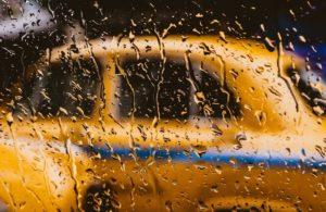 Профессия таксиста в 2020 году: фишки, плюсы и минусы