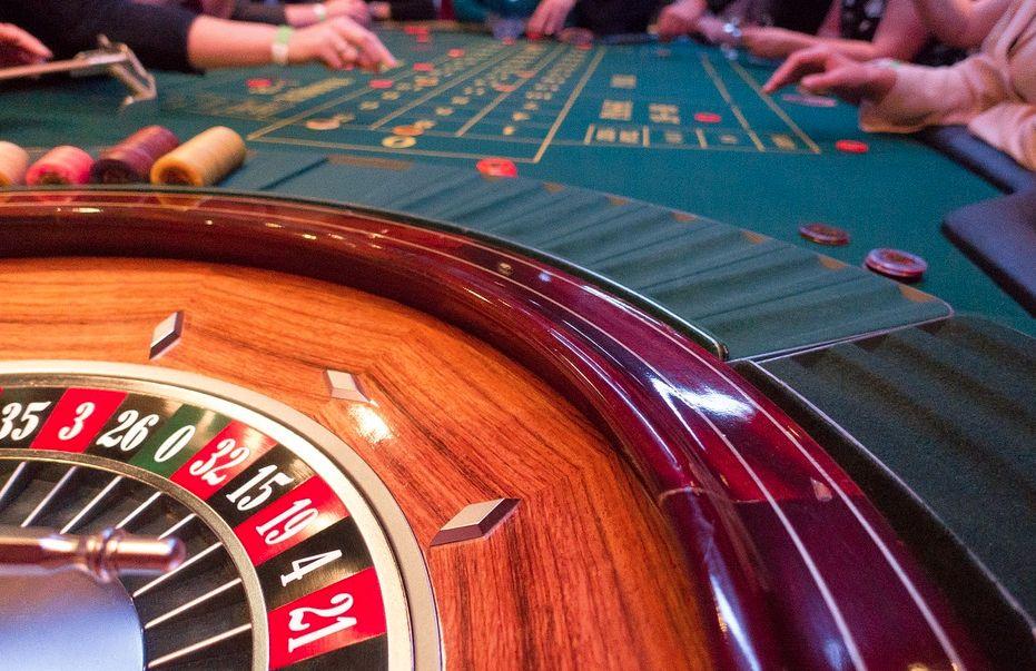 Стоит ли делать ставки в казино онлайн на реальные деньги по промокоду Вулкан 24