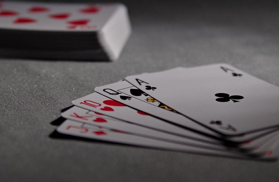 Как заработать первые деньги при помощи онлайн-казино?