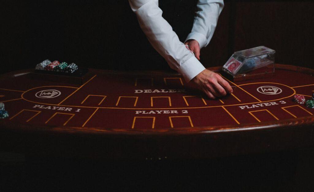 Крупный игровой онлайн клуб - казино Мостбет. Игры портала.
